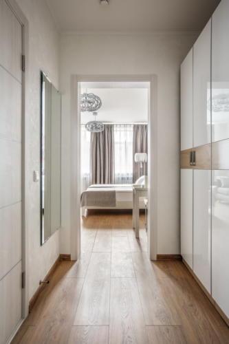 Room 107 09
